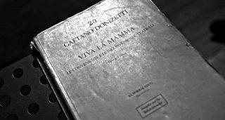 """VIVA LA MAMMA czyli co w operze """"piszczy""""?"""